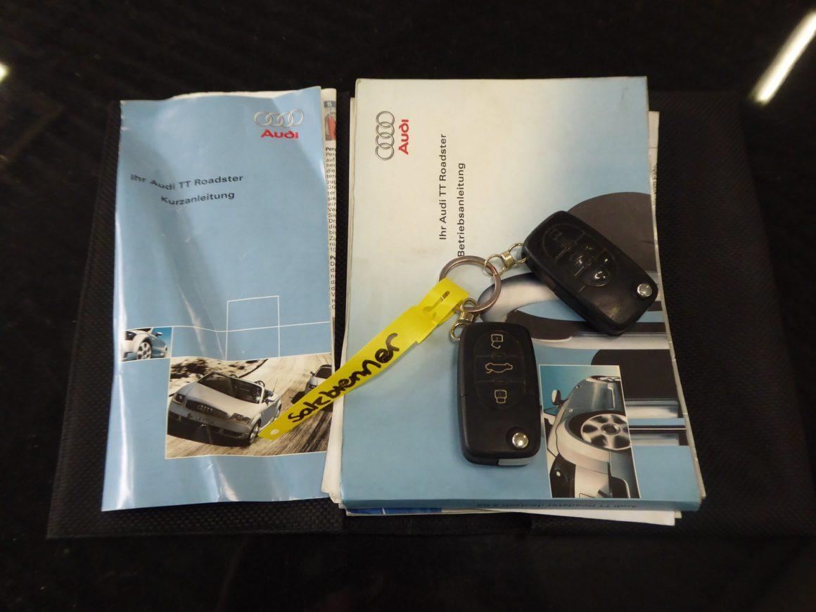 Unfaller: AUDI TT 1.8T Quattro Roadster (8N)