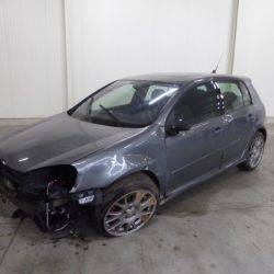 Unfaller: VW Golf 5 GTI Edition 30 (Typ 1K)