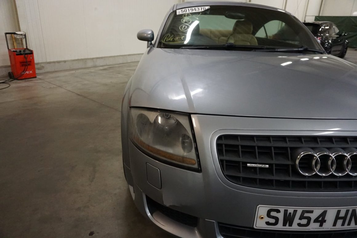 Verkaufe: AUDI TT Coupe DSG V6 3.2 Coupe quattro (8N) / Rechtslenker